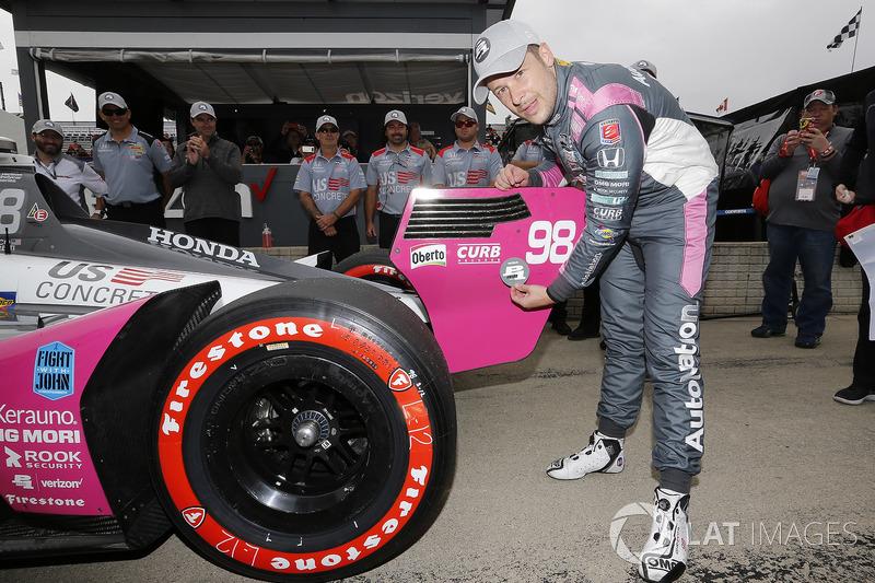 Marco Andretti, Herta - Andretti Autosport Honda celebrates winning the Verizon P1 Pole Award