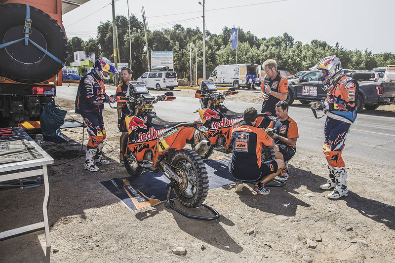 #8 Red Bull KTM Factory Racing KTM: Toby Price, #19 Red Bull KTM Factory Racing KTM: Antoine Meo