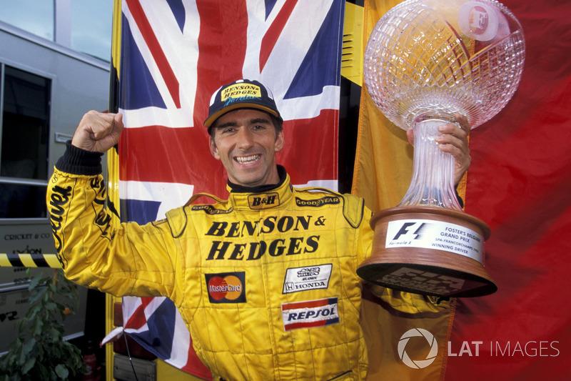 Таким драматичным, богатым на события и неожиданные повороты сюжета получился Гран При Бельгии двадцать лет назад