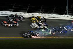 John Hunter Nemechek, NEMCO Motorsports, Fleetwing Corporation Chevrolet Silverado crash