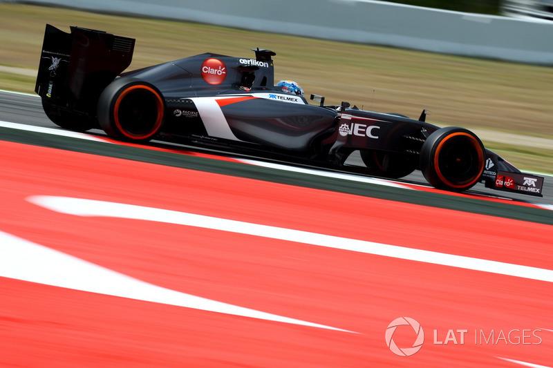 2014: Adrian Sutil, Sauber C33