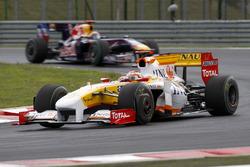 Fernando Alonso, Renault F1 Team R29, Mark Webber, Red Bull Racing RB5