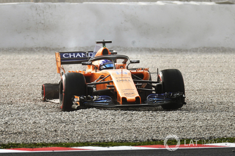 Fernando Alonso, McLaren MCL33 crash