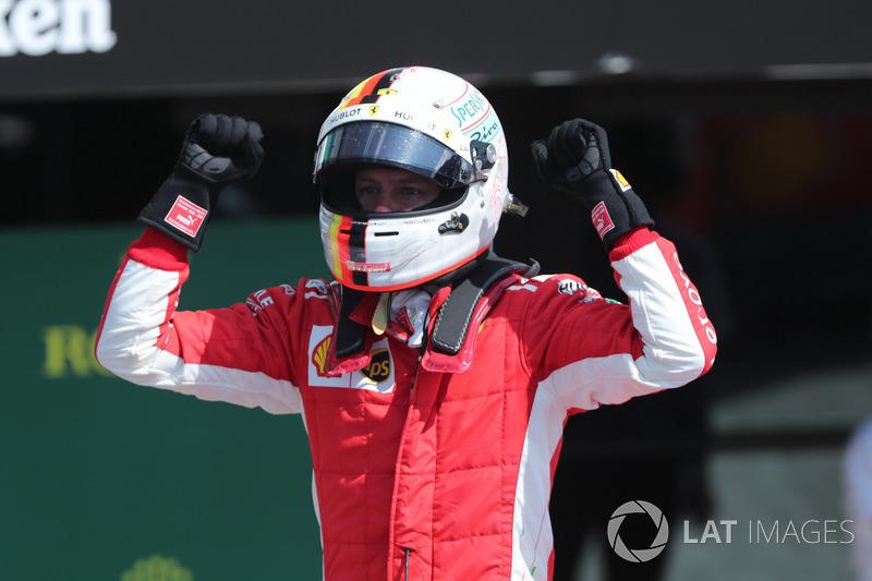 Hamilton'ın serisien Vettel son verdi