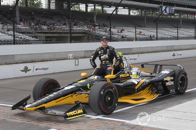 24. Sage Karam, Dreyer & Reinbold Racing, Chevrolet