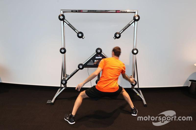 Un participante del McLaren World's Fastest Gamer
