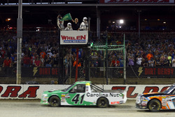 Ben Rhodes, ThorSport Racing, Ford F-150 Alpha Energy Solutions green flag start
