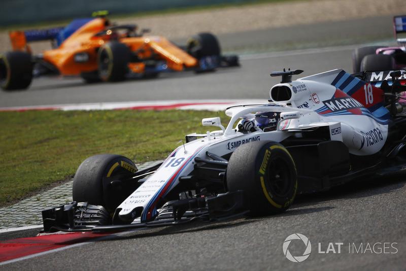 Lance Stroll, Williams FW41 Mercedes, Stoffel Vandoorne, McLaren MCL33 Renault