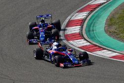 Brendon Hartley, Scuderia Toro Rosso STR13 and Pierre Gasly, Scuderia Toro Rosso STR13