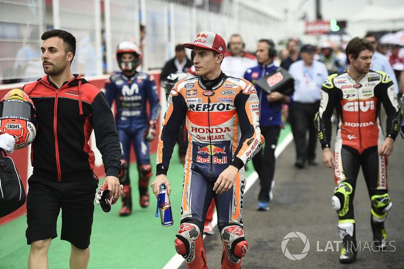 Marc Marquez, Repsol Honda Team, pilotos abandonan la parrilla de salida, la carrera de MotoGP de Argentina 2018