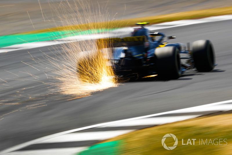 10. Карлос Сайнс, Renault — 28