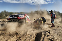 #292 Honda: Hernan Paredes, #301 Toyota Gazoo Racing Toyota: Nasser Al-Attiyah, Mathieu Baumel