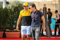 Carlos Sainz Jr., Renault Sport F1 Team and Pedro De La Rosa