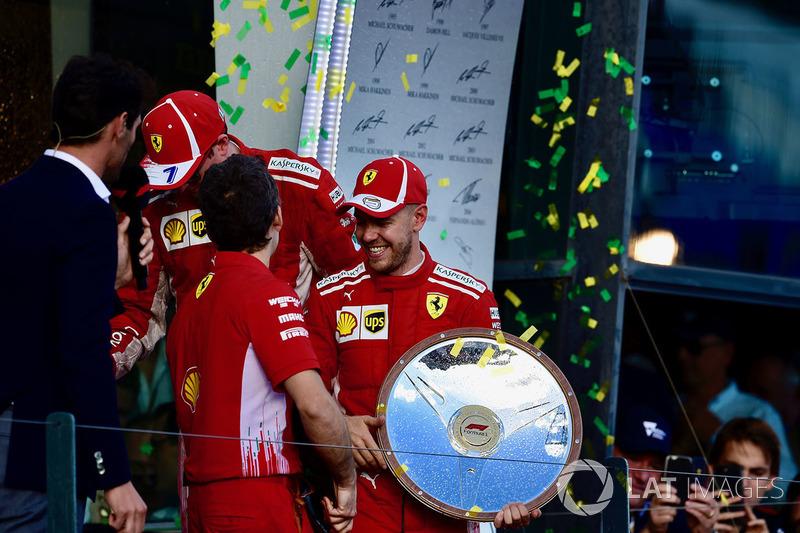Sebastian Vettel, Ferrari, Kimi Raikkonen, Ferrari y Mark Webber