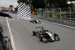 Checkered flag for Joel Eriksson, Motopark Dallara F317 - Volkswagen
