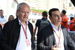 Jerome Stoll, Direttore Renault Sport F1 e Carlos Ghosn, Chairman Renault