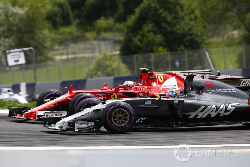 Кімі Райкконен, Ferrari SF70H, Ромен Грожан, Haas F1 Team VF-17, Феліпе Масса, Williams FW40