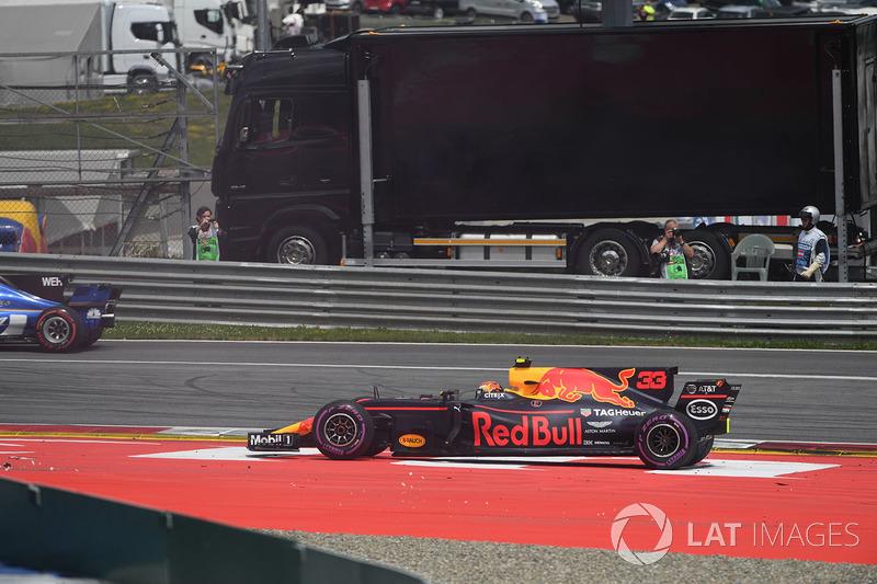 Макс Ферстаппен, Red Bull Racing RB13, зіткнення