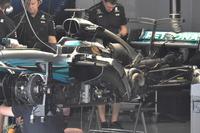 Mercedes-Benz F1 W08 side