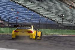 Timo Scheider und Timo Glock im BMW-Renntaxi auf der Rallycross-Strecke