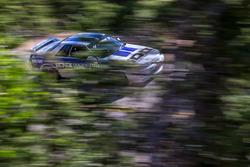 #44 Nissan Skyline GT-R: Юрій Кузнєцов