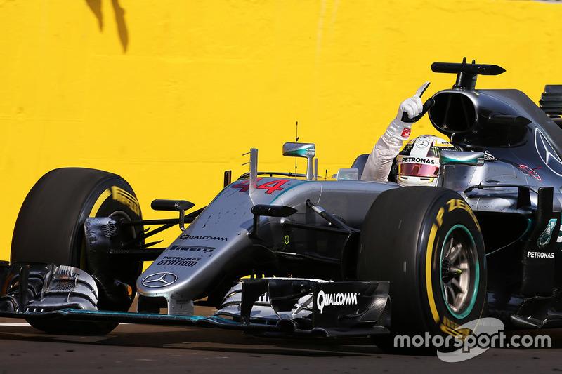 Sieger Lewis Hamilton, Mercedes AMG F1 Team