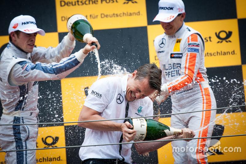 Podio: Paul Di Resta, Mercedes-AMG Team HWA, Mercedes-AMG C63 DTM and Robert Wickens, Mercedes-AMG T