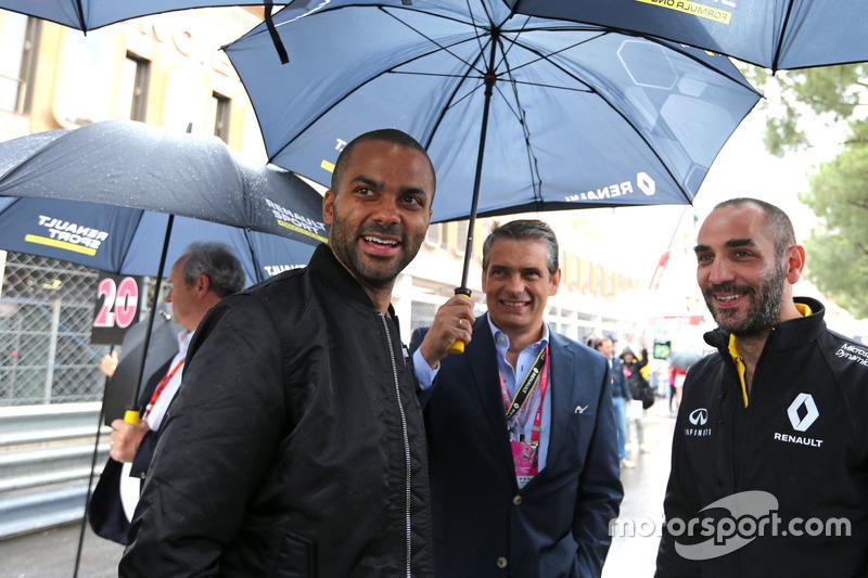 Tony Parker, Basketballspieler, und Cyril Abiteboul, Renault Sport F1 Team Geschäftsführer