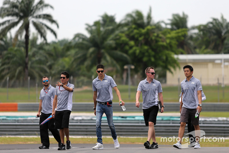 Esteban Ocon, Manor Racing und Rio Haryanto, Manor Racing
