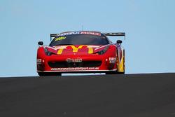 #88 Maranello Motorsport Ferrari 458 Italia GT3: Mika Salo, Toni Vilander, Tony D'Alberto, Grant Denyer