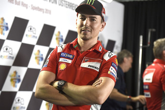 MotoGP 2018 Jorge-lorenzo-ducati-team-1