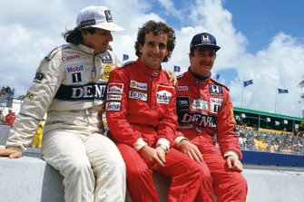 Nelson Piquet, Williams Honda, Alain Prost, McLaren TAG Porsche, Nigel Mansell, Williams Honda, en el pit wall
