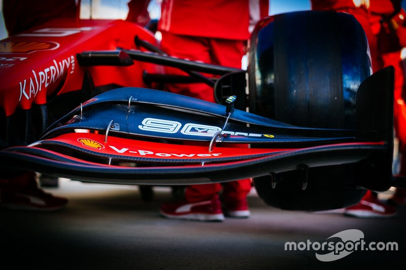 Ferrari SF90: Frontflügel