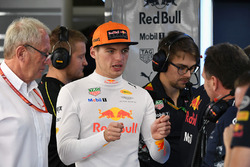 Dr Helmut Marko, Red Bull Motorsport Consultant, Max Verstappen, Red Bull Racing and Christian Horner, Red Bull Racing Team Principal