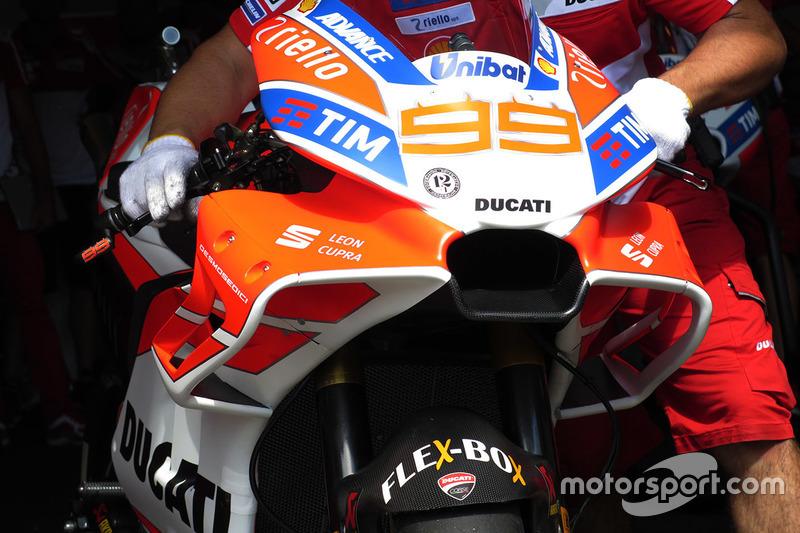 Новий обтічник на мотоциклі Хорхе Лоренсо, Ducati Team