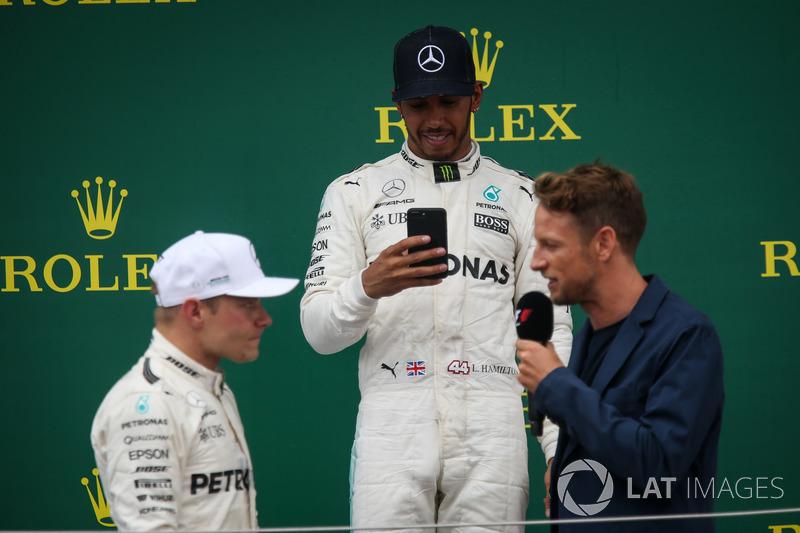 Valtteri Bottas, Mercedes AMG F1, Lewis Hamilton, Mercedes AMG F1 and Jenson Button, McLaren on the podium