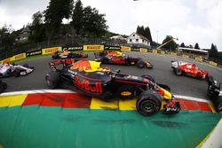Valtteri Bottas, Mercedes AMG F1 W08, Kimi Raikkonen, Ferrari SF70H, Max Verstappen, Red Bull Racing RB13, Daniel Ricciardo, Red Bull Racing RB13, Fernando Alonso, McLaren MCL32, Sergio Perez, Sahara Force India F1 VJM10