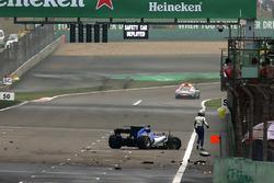 Антоніо Джовінаццці, Sauber C36, після аварії