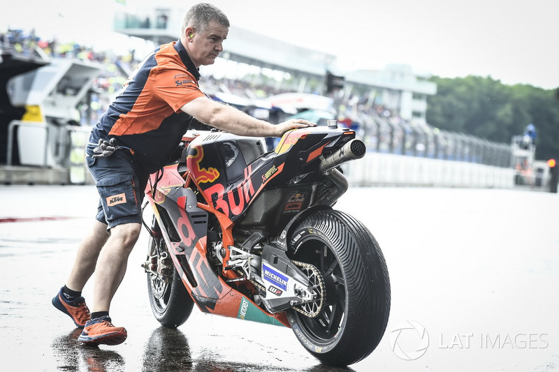 Red Bull KTM Factory Racing, KTM RC16 bike