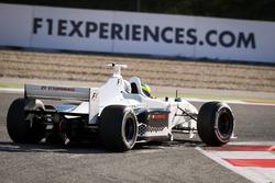 Zsolt Baumgartner, F1 Experiences tweezitter-rijder