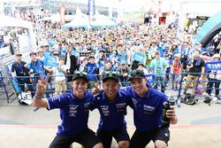 #21 Yamaha Factory Racing Team: Кацуюки Накасуга, Пол Еспаргаро, Алекс Лоус