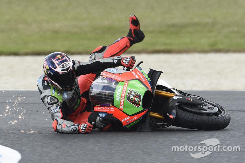 9. Choque de Stefan Bradl, Aprilia Racing Team Gresini