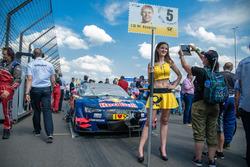 Gridgirl von Mattias Ekström, Audi Sport Team Abt Sportsline, Audi A5 DTM