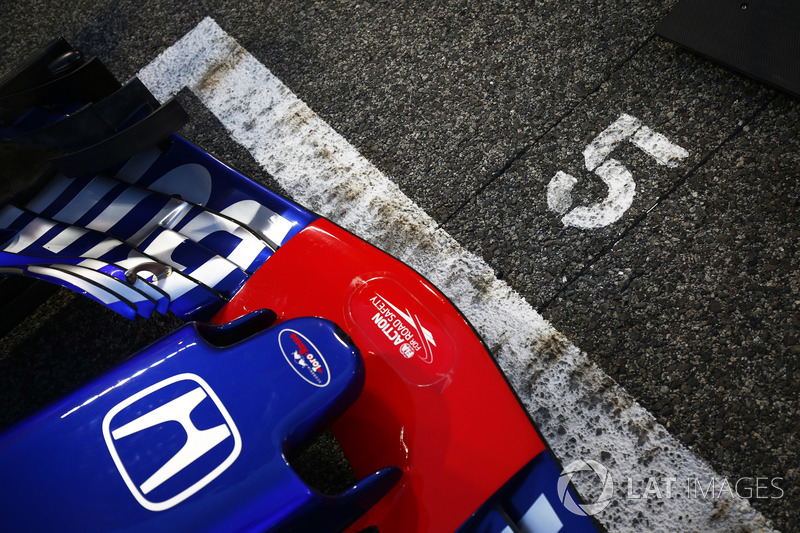 The car of Pierre Gasly, Toro Rosso STR13 Honda, on the grid