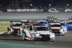 Kevin Gleason, RC Motorsport, Lada Vesta leads