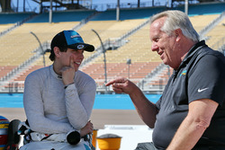 Gabby Chaves, Harding Racing con el manager del equipo  Larry Curry