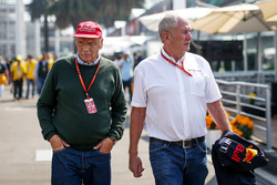 Niki Lauda, Mercedes AMG F1 Non-Executive Chairman and Dr Helmut Marko, Red Bull Motorsport Consultant