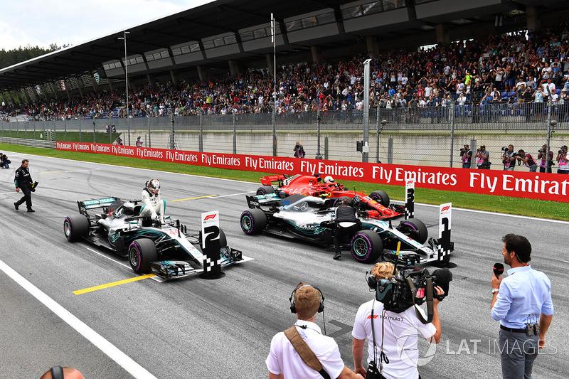 Lewis Hamilton, Mercedes-AMG F1 W09, Valtteri Bottas, Mercedes-AMG F1 W09 and Sebastian Vettel, Ferrari SF71H in parc ferme