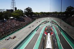 Felipe Massa, Williams FW40, Fernando Alonso, McLaren MCL32, Sergio Perez, Sahara Force India F1 VJM10, Nico Hulkenberg, Renault Sport F1 Team RS17, Carlos Sainz Jr., Renault Sport F1 Team RS17