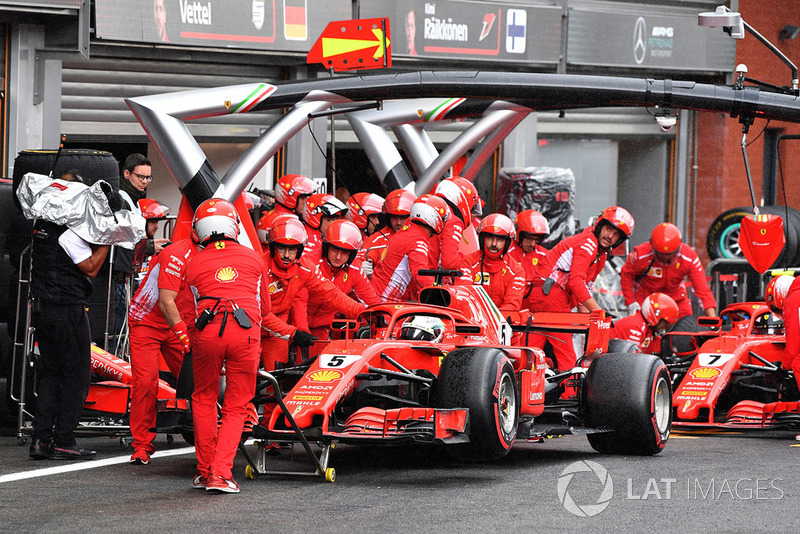 Vettel wasn't happy with the way his car was pushed in the garage in Q3